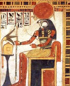 Re-Horachte - synkretyczne przedstawienie boga-słońca czczonego w Heliopolis. Źródło: www.touregypt.net